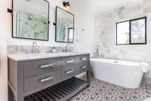 white bath tub in bathroom