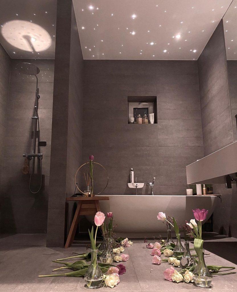 gray stone bath tub idea