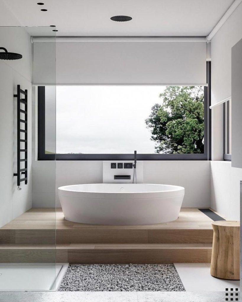 lifted bath tub idea by window
