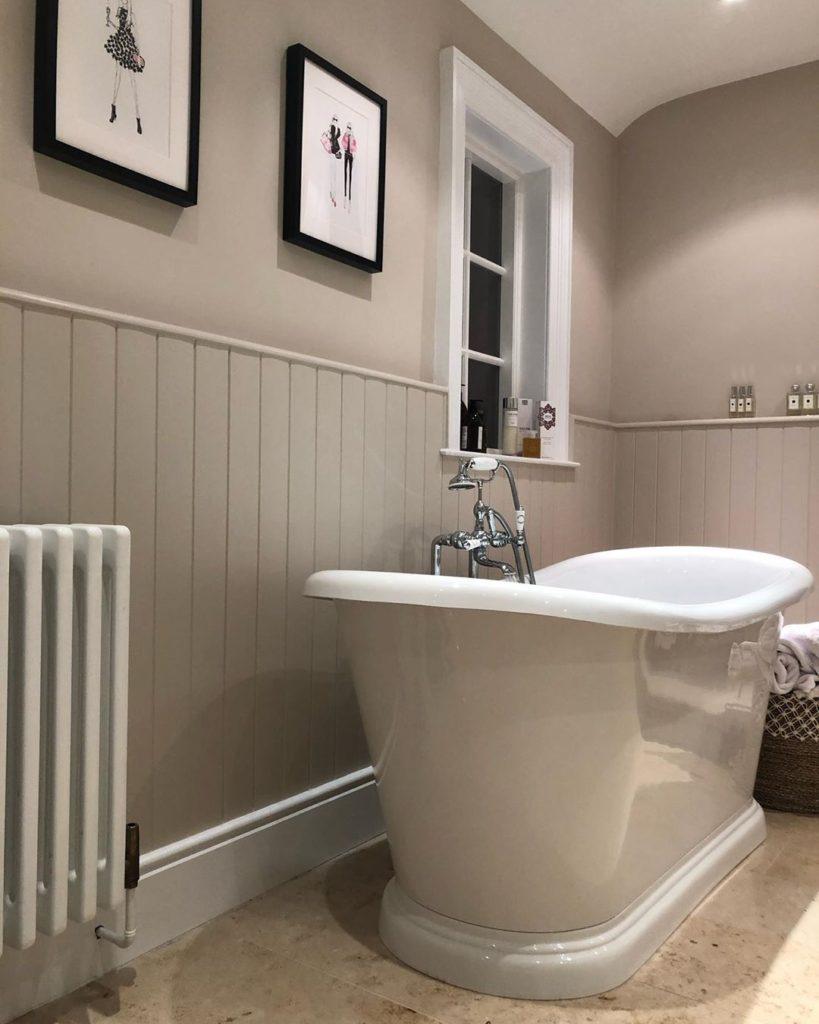 farmhouse bath tub idea
