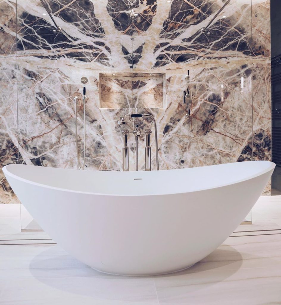 luxury marble bath tub idea