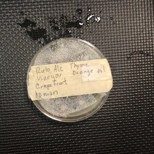 Rubbing alcohol blend agar plate