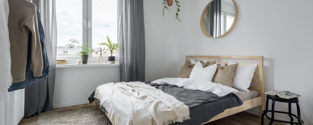 What Size Rug Under Queen Bed To Avoid, What Size Rug Do You Need For A Queen Bed